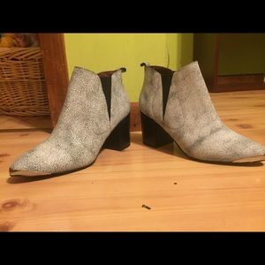 Repot Short Booties—— Stone washed with metal toe